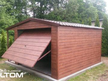Garaż 4x5m z boczną wiatą 1x5m   dwuspadowy   drewnopodobny