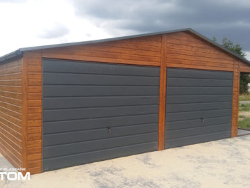 Garaż 6,5x6m z boczną wiatą 1,5x6m | dwuspadowy | drewnopodobny