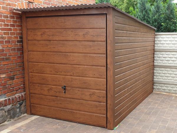 Garaż blaszany drewnopodobny Ultom